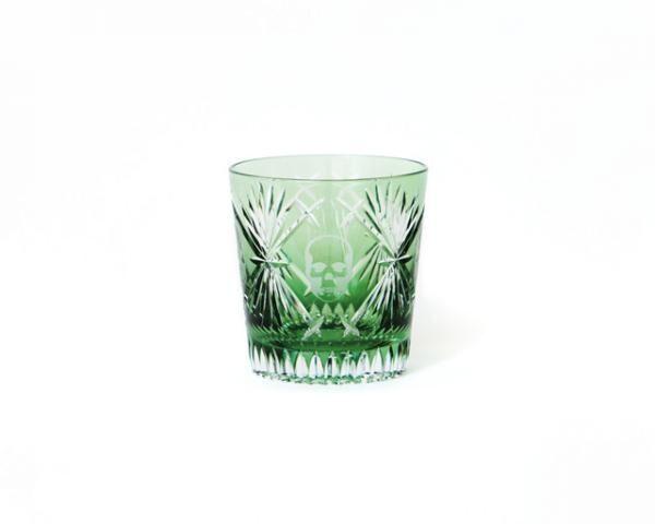 森田恭通とのコラボによるスカル柄の切子グラス
