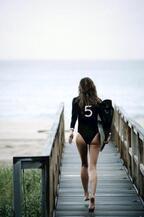 スーパーモデル、ジゼル・ブンチェン主演のシャネル「N°5」新ムービーのショート版が解禁に