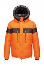 モンクレールグルノーブルが、60年代の偉大な登山家に捧げる限定ダウンジャケット発売