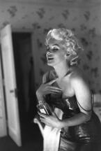 ガブリエル・シャネル、マリリン・モンロー、カトリーヌ・ドヌーヴ。No5の物語を彩ってきたミューズの歴史【前編】