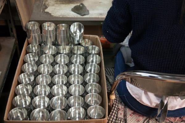 「どの職人が作ったものでも、開化堂の茶筒でなくてはいけない」と八木氏は語る