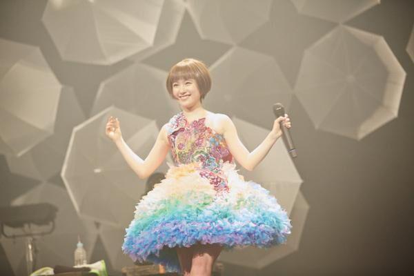 「ステージ上にいるのは私だけ。おいしいですよ」と武藤彩未は笑う