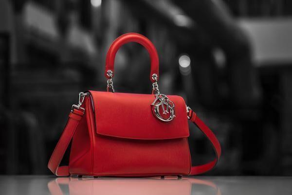 ミニマムなデザインとトレンドを反映したデザインが魅力の「Be Dior」