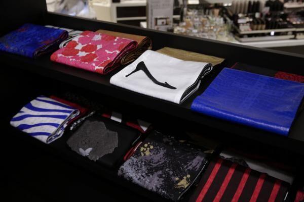 「YOSHIKIMONO~魅惑のドレスキモノ~」店内の様子