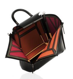 イッセイ ミヤケのバッグシリーズ「ガストン」に新色