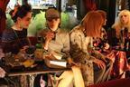 ケイタマルヤマ、日本初のロンドンパブに集うスウィンギン・ガール!【2017-18秋冬ウィメンズ】