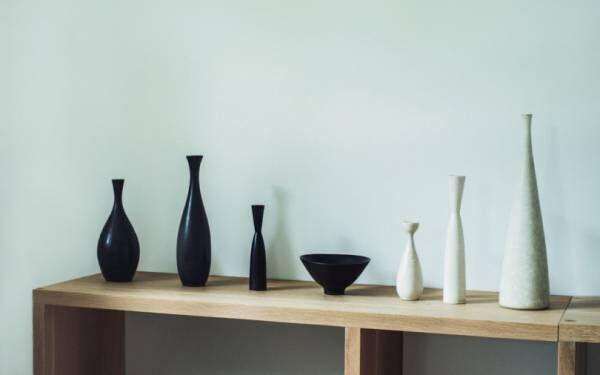 スウェーデン発陶芸家カール・ハリー・スタルハネのアートピース展示、08bookにて