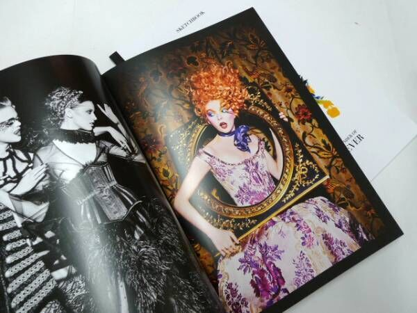 元美大生ダニー・サンズがパリで創業したメイクアップフォーエバーを写真で堪能【ShelfオススメBOOK】