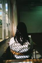 19歳の写真家・石田真澄による初作品集『light years -光年-』刊行、写真展も開催中