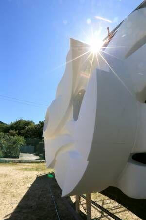 「太陽の塔 1967 ー 2018 ー岡本太郎が問いかけたものー」第2期が開催、塔再生の軌跡を辿る