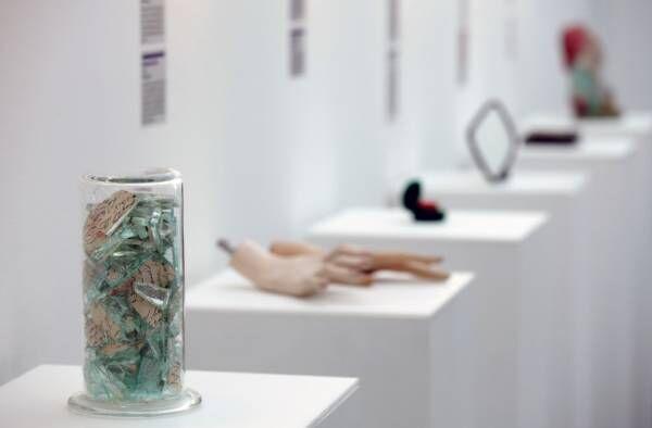 """失恋博物館が日本初上陸。""""別れ""""を展示する「あなたとわたしのお別れ展」開催"""