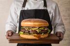 重量1.5kgの特大ハンバーガー、期間限定で登場! 「グランド ハイアット 東京」開業15周年を祝う特別メニュー