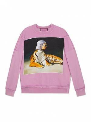 グッチから数量限定でイグナシ・モンレアルのアートワークをモチーフにしたTシャツ&スウェット登場