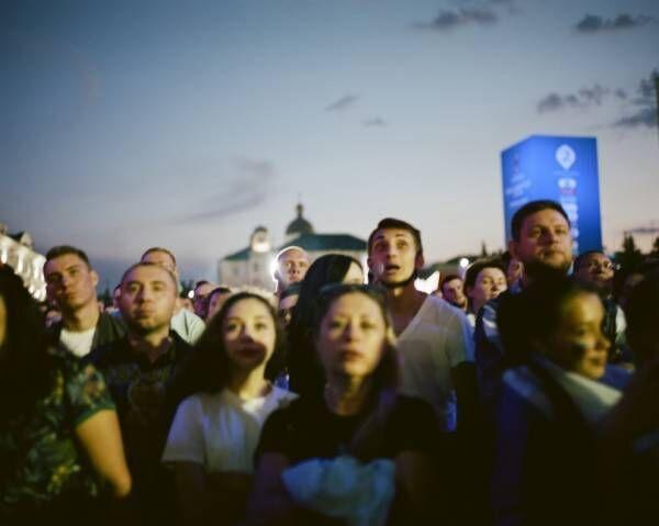 W杯開催中のロシアを撮った嶌村吉祥丸の写真展が原宿VACANTにて開催
