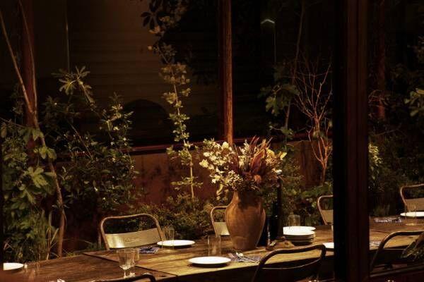 新木場の複合施設「カシカ」でハーブとビールを楽しむ新しいディナー。「mitosaya」江口宏志と「南風食堂」三原寛子が監修