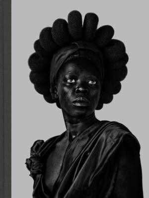 南アフリカ出身ザネレ・ムホリのポートレート作品集【ShelfオススメBOOK】