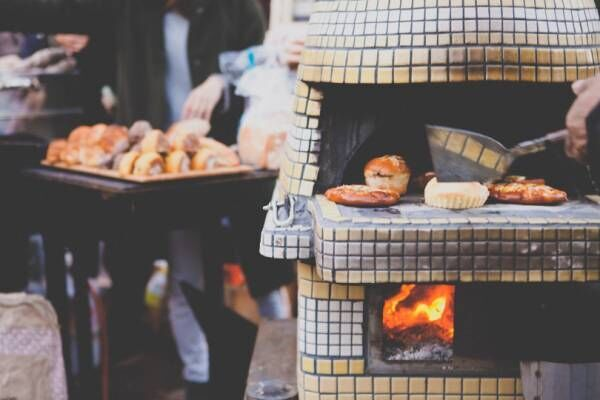 第14回「青山パン祭り」開催! 卵焼きやあんバターのサンドイッチ、移動パン窯が登場