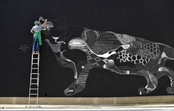 京都・妙心寺でフランスのチョークアーティスト、フィリップ・ボウドゥロックのエキシビションが開催