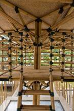 東南アジアの木質建築に焦点を当てた企画展が建築倉庫ミュージアムで開催