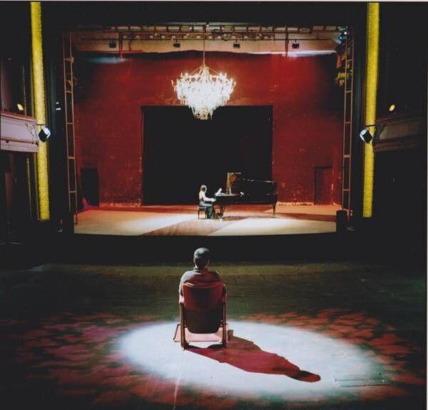 24日間移り変わる、銀座メゾンエルメス フォーラムでの「ピアニスト」 向井山朋子展。ピアノが誘う非日常への旅