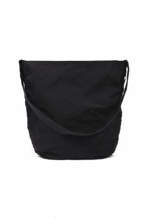 アエタ×ザ ライブラリー、初の別注コート&バッグが誕生