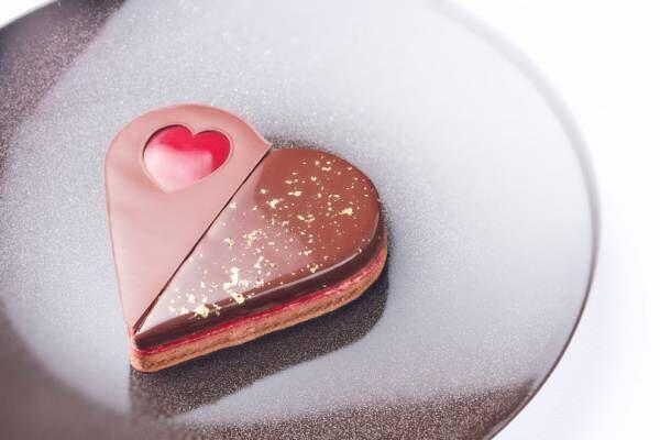 シャネル銀座ビルディングのレストラン「ベージュ アラン・デュカス」に、バレンタイン当日のみ提供されるスペシャルメニューが登場