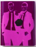 ヴィクター&ロルフの歴代シーズンをスケッチや引用符で紐解く一冊【ShelfオススメBOOK】