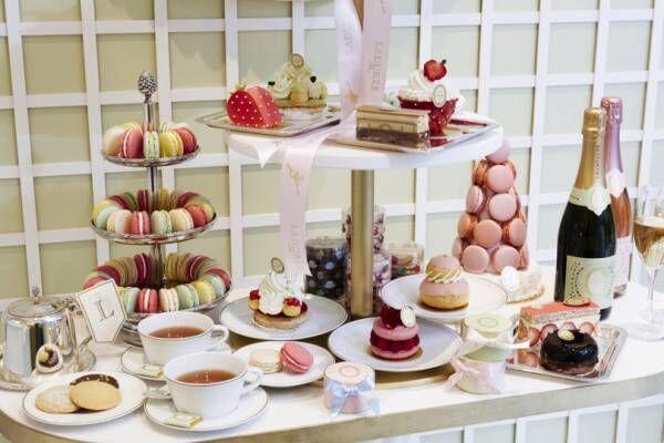 ラデュレ 青山店の1周年を記念して、1日限りのスイーツビュッフェが開催。限定商品の販売も