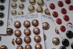 1,000種類以上のボタンがラインアップ! 新宿伊勢丹にてフランスのボタン収集家のコレクションを販売