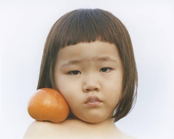 フォトグラファー横浪修の写真展「PRIMAL」開催。子どもを対象とした撮影イベントも