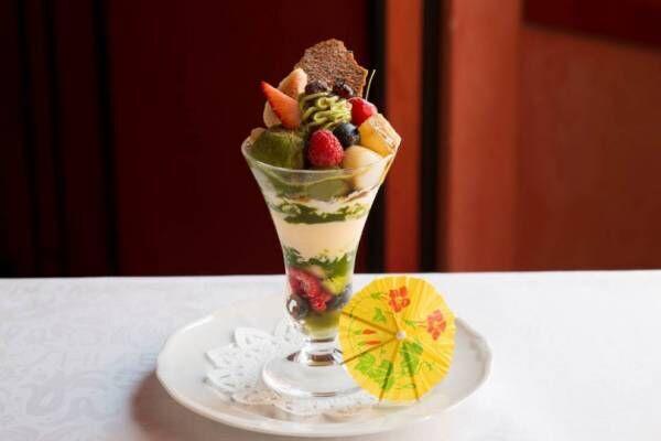 資生堂パーラー、新橋芸者をイメージした抹茶のパフェと涼やかなクリームソーダを限定販売