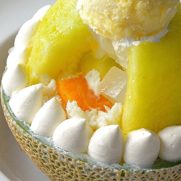 メロン半玉とハーゲンダッツ、暑い日に食べたい第一ホテル東京の豪華なかき氷【今日のスイーツvol.3】