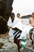 ビルブルカン×オフ-ホワイト c/o ヴァージル アブロー™のコラボ水着がローンチ