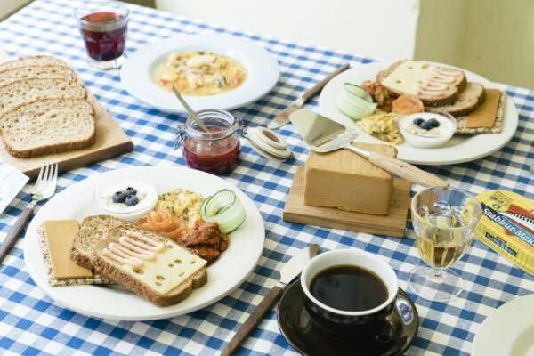 世界の朝食レストラン、8月と9月はノルウェー! 穀物パンにサーモンやブラウンチーズを合わせて