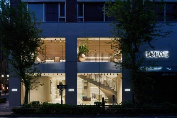 ロエベの新旗艦店「カサ ロエベ 東京」が銀座に誕生。ジョナサン・アンダーソン監修のアート空間