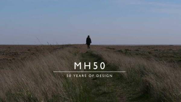 マーガレット・ハウエルが50周年記念のフィルム公開、限定コットンシャツも発売