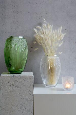 ラリックの最新コレクション「ボタニカ」。瑞々しい光が生まれる秘密を明かす、イメージ映像を公開