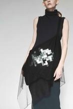 discord Yohji Yamamoto、刺繍生地が構成されたEmbroidery DrapeをGINZA SIX店限定で展開
