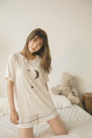 女優 馬場ふみかがジェラート ピケで夏服をコーディネート! 売上利益が寄付されるチャリティプロジェクト