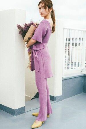 おうち時間やちょっとしたお出かけをおしゃれに彩る。紗栄子が魅せるスナイデルのワンマイルドレス