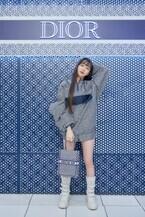 ディオールのジャパン アンバサダーCocomiと訪れる「ディオール ブルー ドット」の世界