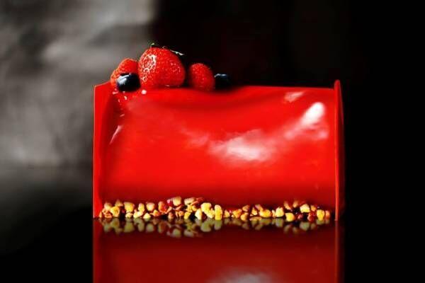 煌めくホリデーシーズンを上質な美味とともに。パーク ハイアット 東京のクリスマスケーキ&ディナー