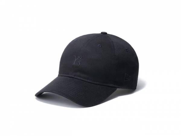 コンパクトなロゴがブラックオンブラックで表現。Y'sとニューエラによる2021春夏コレクション発売