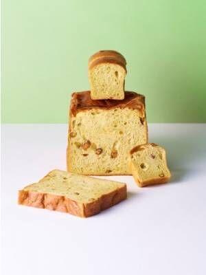 ホテル コエ ベーカリーにもっちりしっとりなピスタチオづくしの食パン「グリーンの霹靂」が新登場
