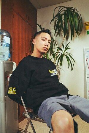 スウェットシャツ¥3,999 ショートジョガーパンツ¥2,999