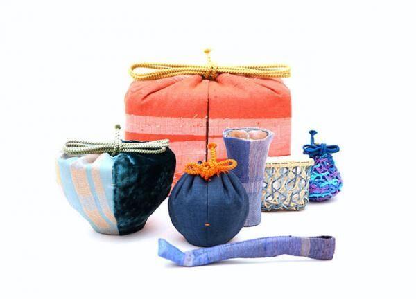 「金閣寺|銀閣寺茶箱展」銀座三越で、まとふが金閣寺をイメージした茶箱を販売