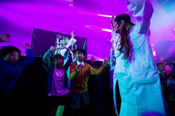 チームラボが参加型音楽フェスを大阪・堂島リバーフォーラムで開催、音楽は「聞く」から「体感」へ