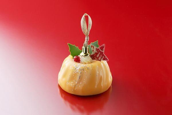 アンリ・シャルパンティエのクリスマスケーキ、オーナメントや星空をイメージしたデザイン