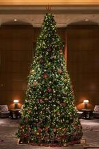 ドルチェ&ガッバーナ、ザ・リッツ・カールトン東京のクリスマスツリーをデザイン