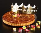 インターコンチネンタル 東京ベイ、 金箔に包まれたロールケーキやガレット・デ・ロワ